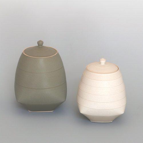 Sun Kim, Lidded Jars at Joanna Bird Contemporary Collections